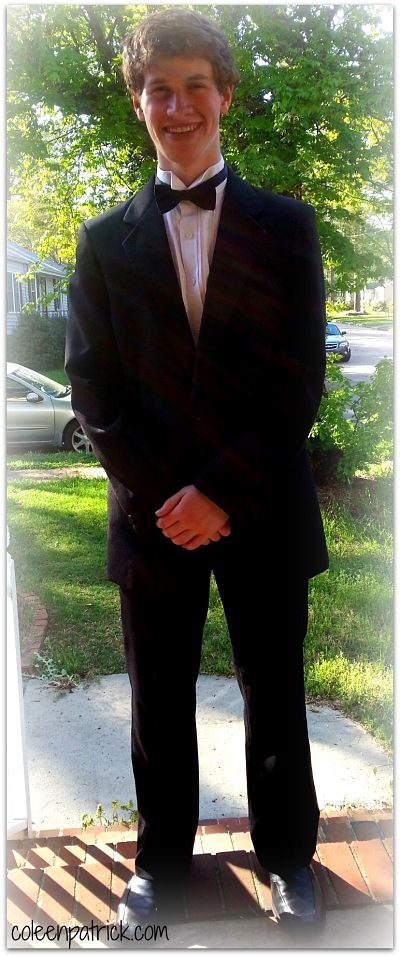 prom smile borrowed tux_opt