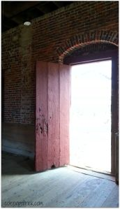 shirley plantation store house open door _opt