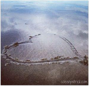 beach heart in sand_opt