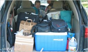 car packed vacation_opt