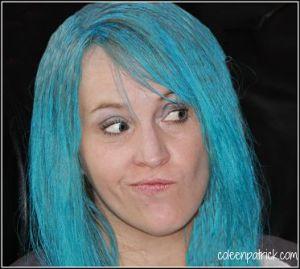 coleen blue hair_opt